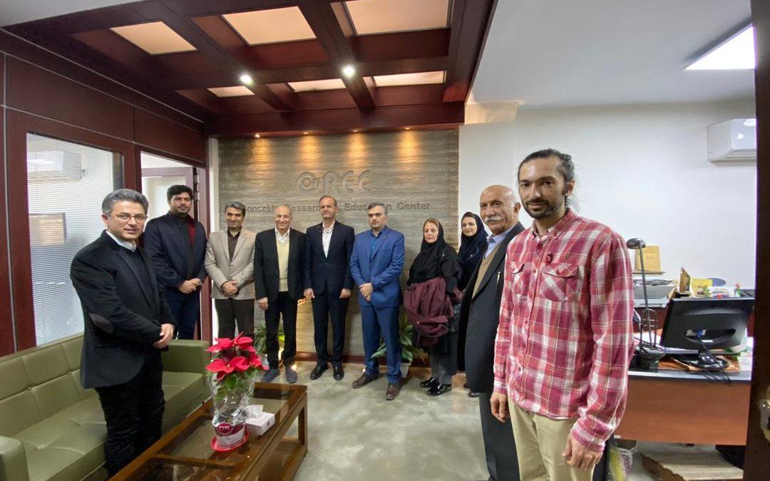 بازدید مدیرکل استاندارد استان تهران از مرکز تحقیقات بتن